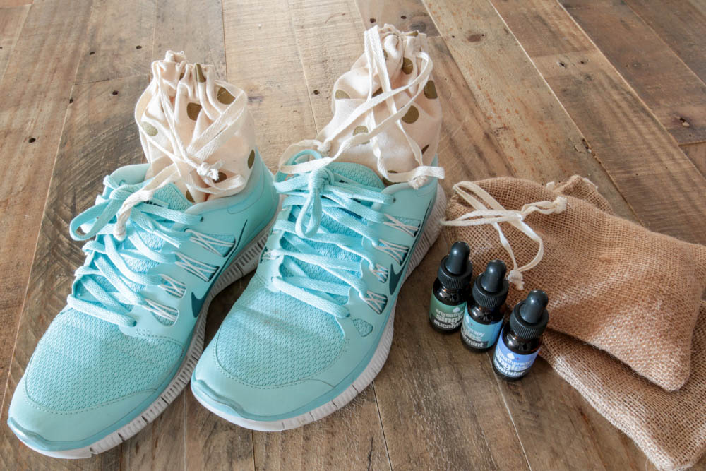 DIY Shoe Pourri Ingredients Women Running Shoes
