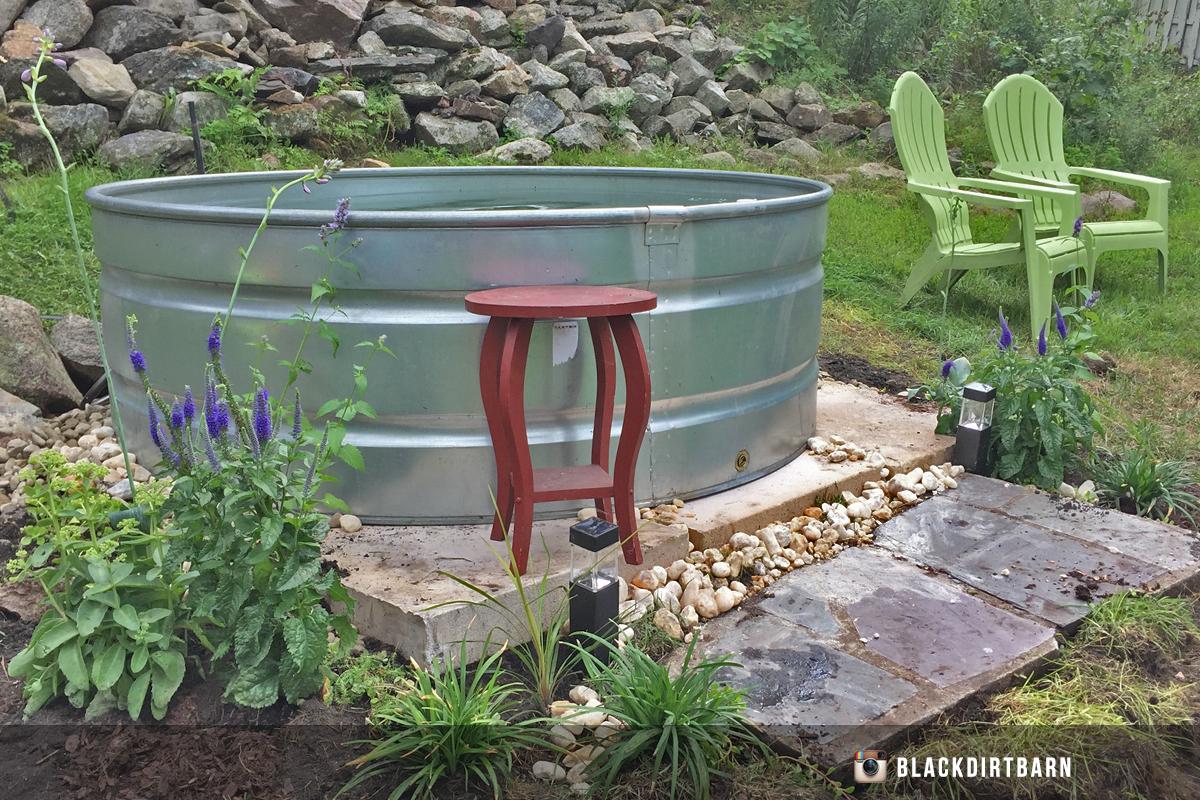 stock tank pool Lounge Area